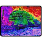 Green Pyramid - Fleece Blanket (Large)