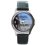 Moonta Bay Jetty Round Metal Watch