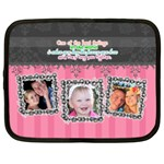 Hug the one you love. - Netbook Case (Large)
