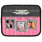 Hug the one you love. - Netbook Case (XL)